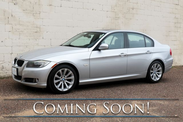 2011 BMW 328i Luxury-Sport Sedan w/Premium Pkg, Power Moonroof, Dual A/C and Hi-Fi Audio