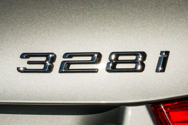 2011 BMW 328i Reseda, CA 43
