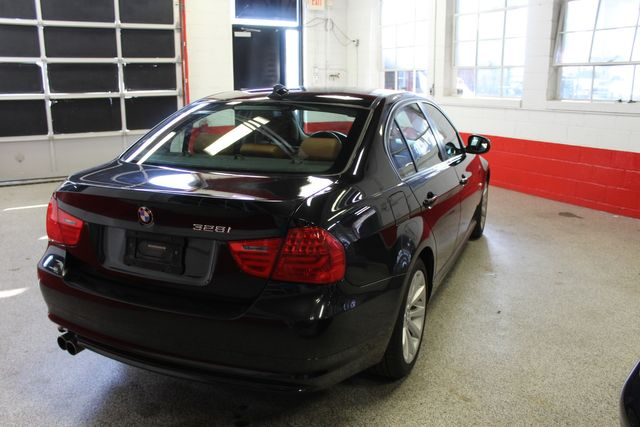 2011 Bmw 328i X-Drive, Low Miles, VERY SHARP, VERY TIGHT. PB INTERIOR. Saint Louis Park, MN 12