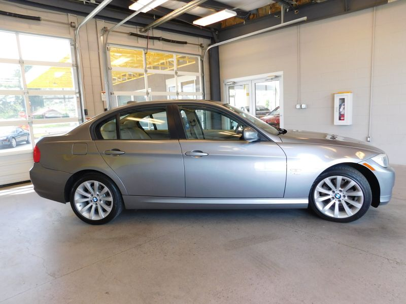 2011 BMW 328i xDrive XI SULEV  city TN  Doug Justus Auto Center Inc  in Airport Motor Mile ( Metro Knoxville ), TN