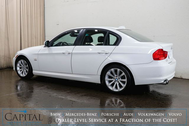2011 BMW 328i xDrive AWD Luxury w/ Heated Seats, Power Moonroof, Power Front Seats & Hi-Fi Audio in Eau Claire, Wisconsin 54703