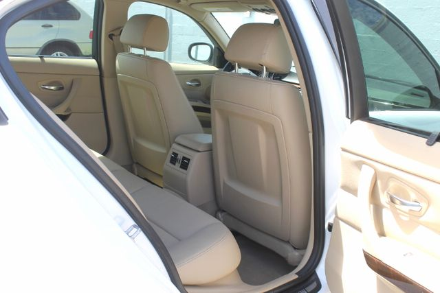 2011 BMW 328i xDrive Hollywood, Florida 28