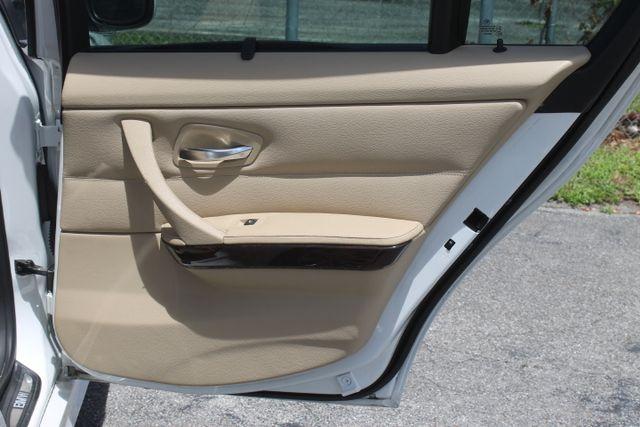 2011 BMW 328i xDrive Hollywood, Florida 45