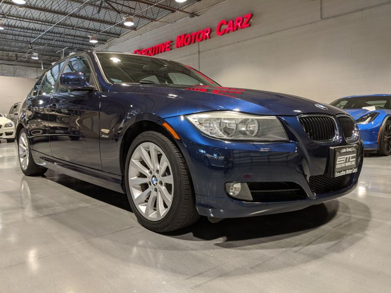 2011 BMW 328i xDrive XI  Lake Forest IL  Executive Motor Carz  in Lake Forest, IL