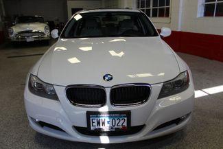 2011 Bmw 328 X-Drive CLEAN, WHITE 2-TONE INTERIOR! SHARP! Saint Louis Park, MN 1