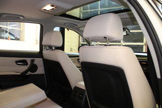 2011 Bmw 328 X-Drive CLEAN, WHITE 2-TONE INTERIOR! SHARP! Saint Louis Park, MN 4