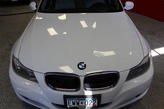 2011 Bmw 328 X-Drive CLEAN, WHITE 2-TONE INTERIOR! SHARP! Saint Louis Park, MN 24