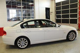 2011 Bmw 328 X-Drive CLEAN, WHITE 2-TONE INTERIOR! SHARP! Saint Louis Park, MN 9