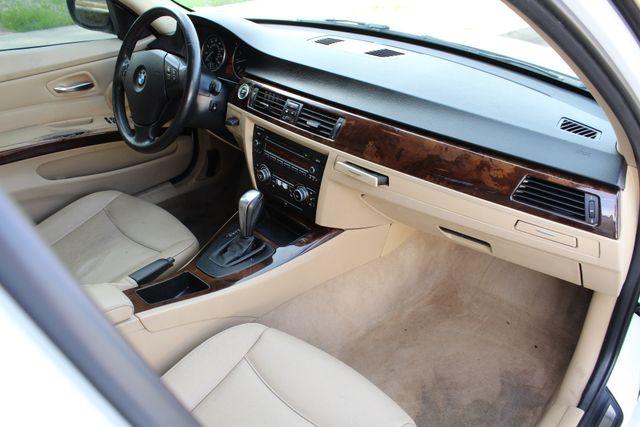 2011 BMW 328i xDrive SEDAN AUTOMATIC LEATHER SUNROOF in Van Nuys, CA 91406