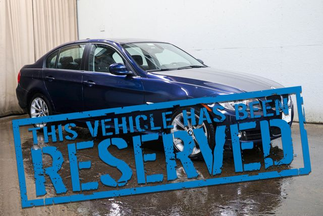 2011 BMW 328xi xDrive AWD Luxury Sedan w/Nav, Heated Seats & Steering Wheel and Bluetooth Audio in Eau Claire, Wisconsin 54703