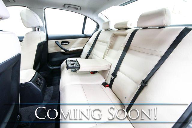 2011 BMW 328xi xDrive AWD Luxury Sedan w/Nav, Heated Seats, Power Seats and Power Moonroof in Eau Claire, Wisconsin 54703