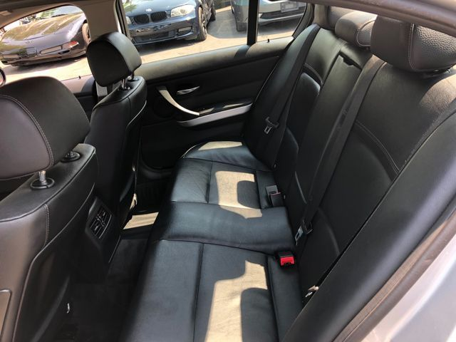 2011 BMW 335i SEDAN W/SPORT PKG Sterling, Virginia 11