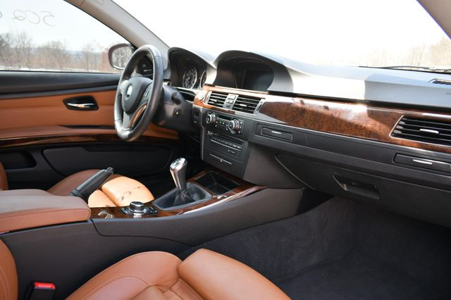 2011 BMW 335i xDrive Naugatuck, Connecticut 11