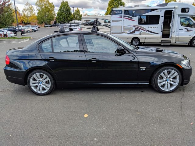 2011 BMW 335i xDrive Sport & Prem Pkg Bend, Oregon 4