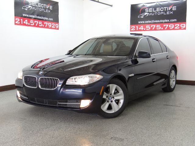2011 BMW 528i 528i, LEATHER SEATS, HEATED FRONT/REAR SEATS