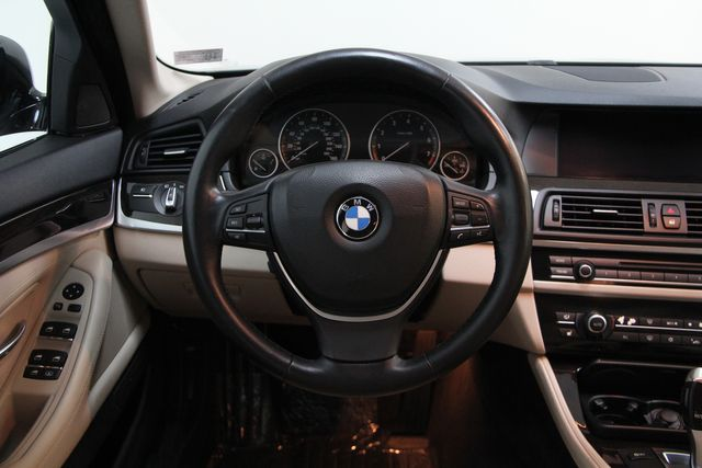 2011 BMW 528i Sport Package Richmond, Virginia 8