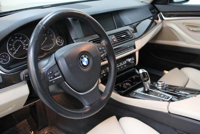 2011 BMW 528i Sport Package Richmond, Virginia 7