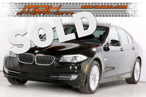 2011 BMW 535i - Navigation - Rear sunshades in Los Angeles