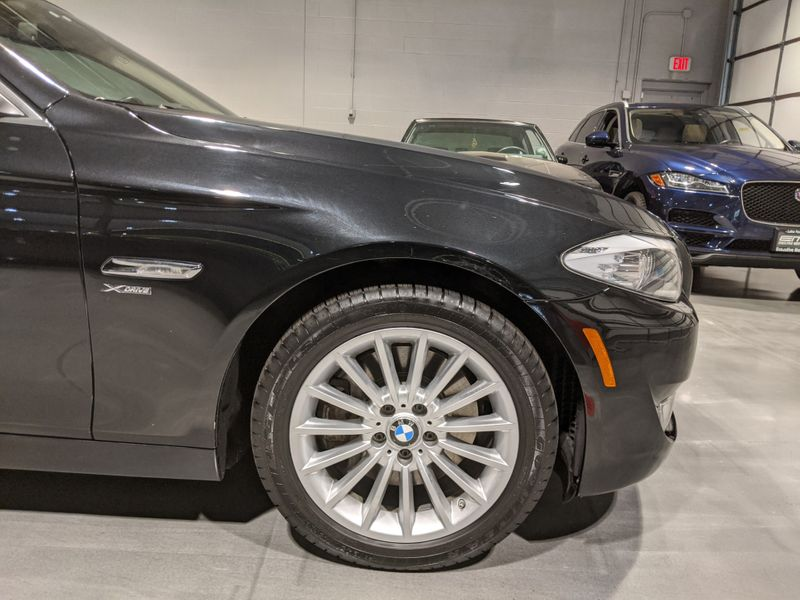2011 BMW 535i xDrive XI  Lake Forest IL  Executive Motor Carz  in Lake Forest, IL