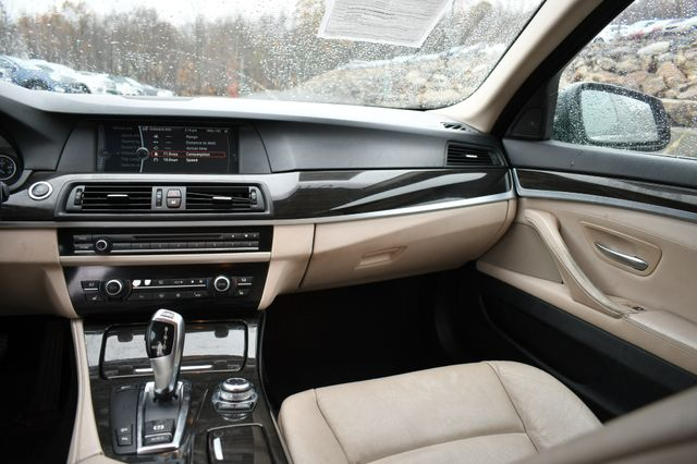2011 BMW 535i xDrive Naugatuck, Connecticut 14