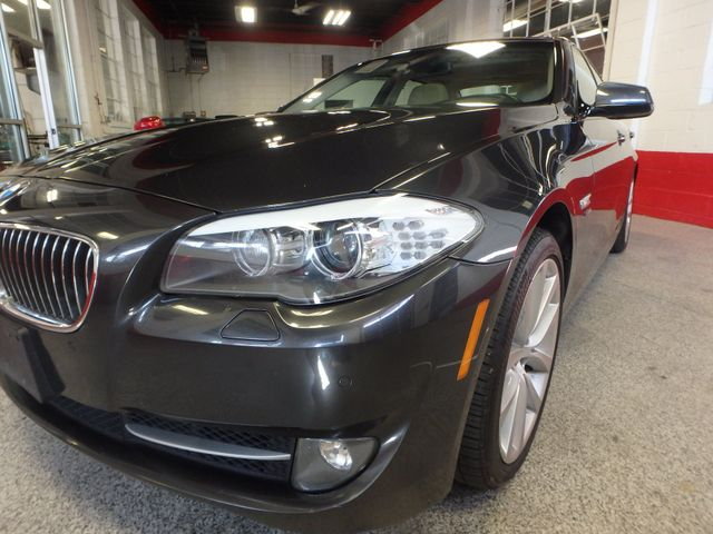 2011 Bmw 535 -Drive, BACK-UP CAMERA, LOADED AND SERVICED Saint Louis Park, MN 23