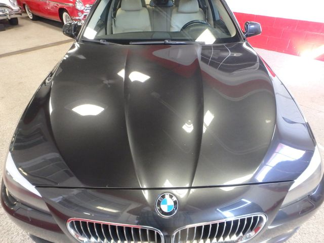 2011 Bmw 535 -Drive, BACK-UP CAMERA, LOADED AND SERVICED Saint Louis Park, MN 32