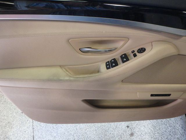 2011 Bmw 535 -Drive, BACK-UP CAMERA, LOADED AND SERVICED Saint Louis Park, MN 3