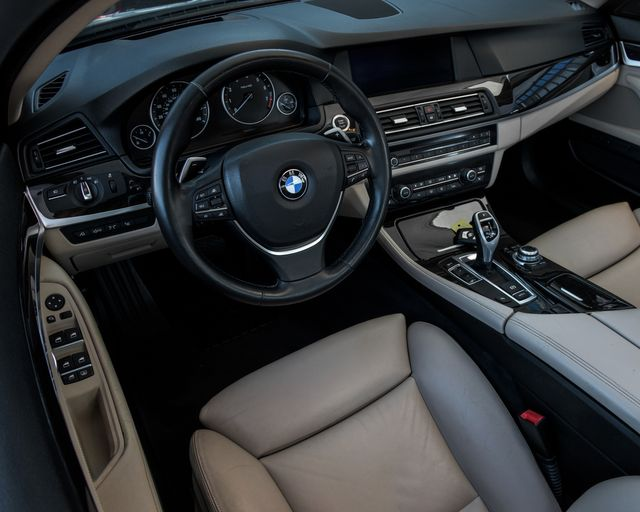2011 BMW 550i Burbank, CA 15