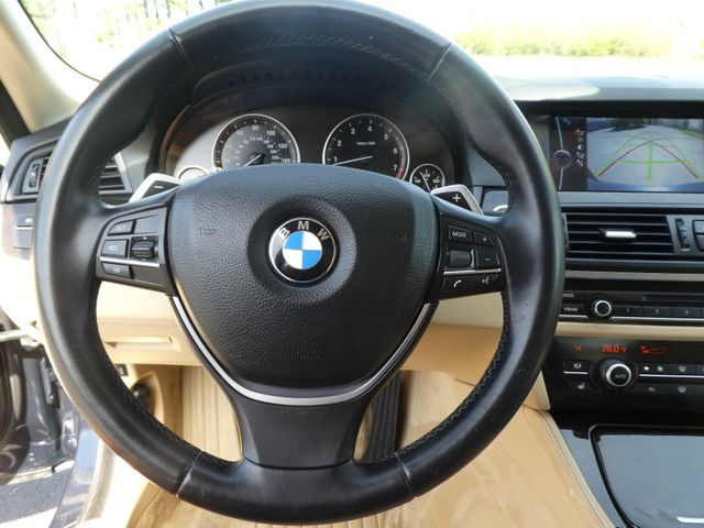 2011 BMW 550i Leesburg, Virginia 17