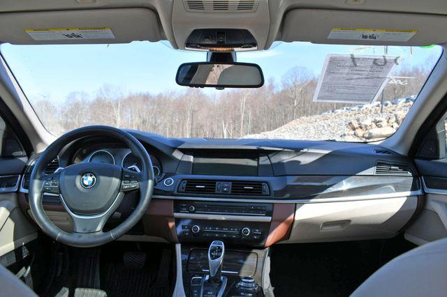 2011 BMW 550i xDrive Naugatuck, Connecticut 18