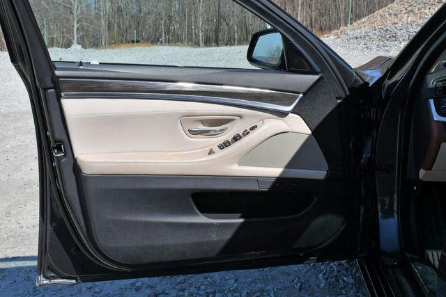 2011 BMW 550i xDrive Naugatuck, Connecticut 21