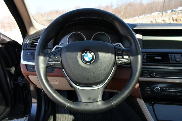 2011 BMW 550i xDrive Naugatuck, Connecticut 23