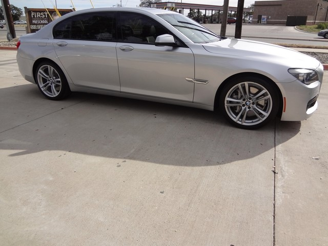 2011 BMW 7 Series  LWB Austin , Texas 7