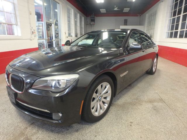 2011 Bmw 750 Xi Awd. KING OF THE ROAD! LOADED & CLEAN! Saint Louis Park, MN 9