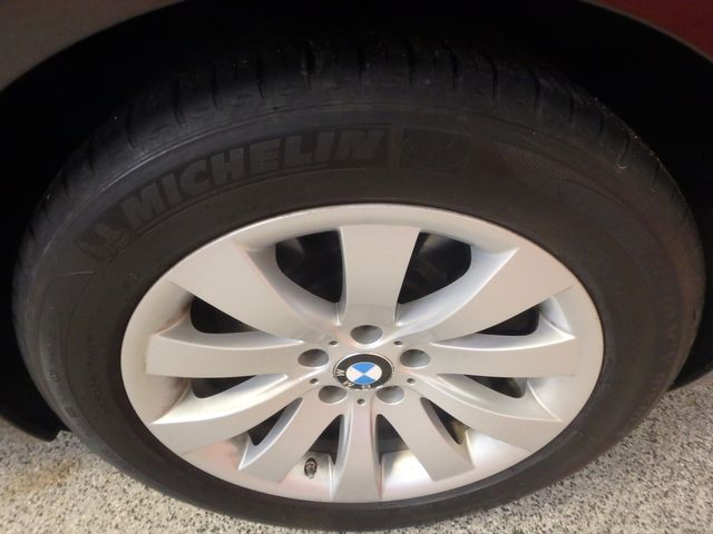 2011 Bmw 750 Xi Awd. KING OF THE ROAD! LOADED & CLEAN! Saint Louis Park, MN 31