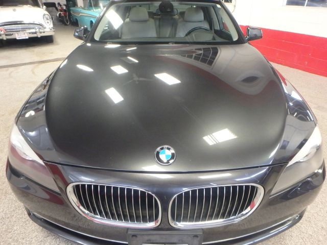 2011 Bmw 750 Xi Awd. KING OF THE ROAD! LOADED & CLEAN! Saint Louis Park, MN 26
