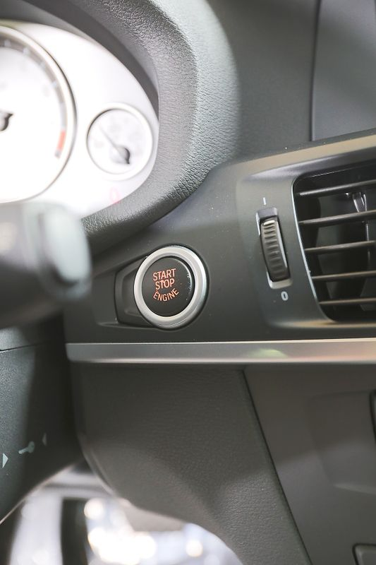 2011 BMW X3 xDrive28i 28i - Premium pkg - Navigation  city California  MDK International  in Los Angeles, California