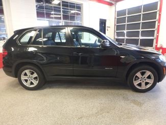 2011 Bmw X5 X-Drive 35i SOLID FAMILY MOVER, SERVICED, READY. Saint Louis Park, MN 1