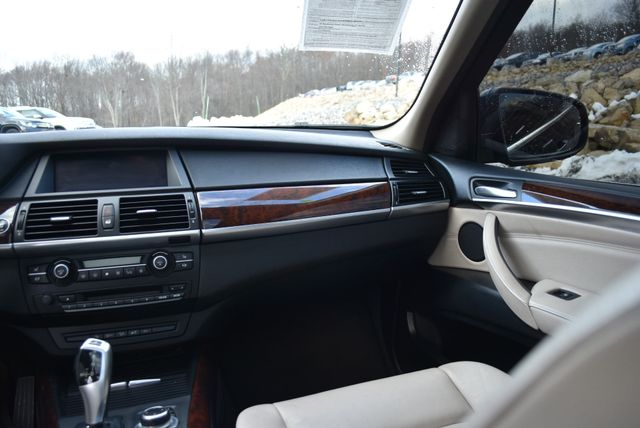 2011 BMW X5 xDrive50i 50i Naugatuck, Connecticut 17