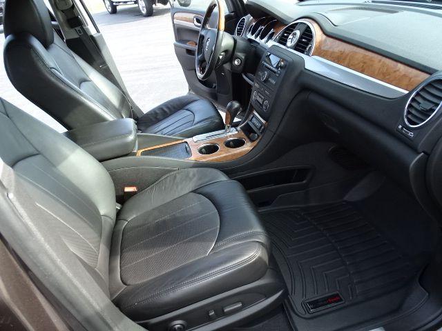 2011 Buick Enclave CXL-2 Valparaiso, Indiana 11