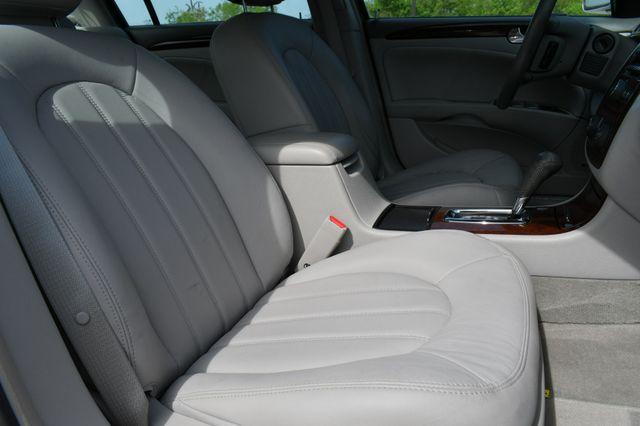 2011 Buick Lucerne CXL Premium Naugatuck, Connecticut 10