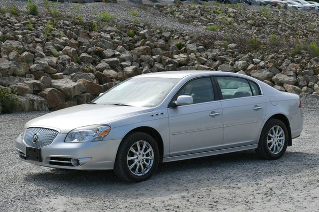 2011 Buick Lucerne CXL Premium Naugatuck, Connecticut 2