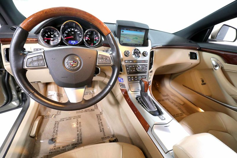 2011 Cadillac CTS Coupe Performance - Navigation - Only 47K miles  city California  MDK International  in Los Angeles, California