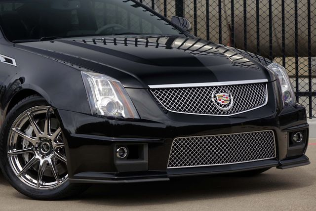 2011 Cadillac CTS CTS-V * COUPE * 1-Owner * AUTOMATIC * Recaro Seats Plano, Texas 19