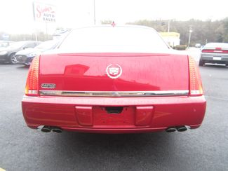 2011 Cadillac DTS Luxury Collection Batesville, Mississippi 11
