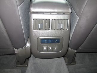 2011 Cadillac DTS Luxury Collection Batesville, Mississippi 27