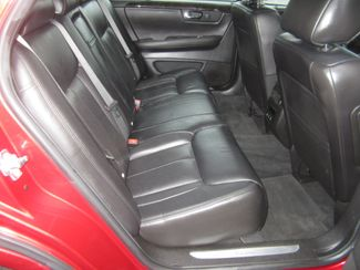 2011 Cadillac DTS Luxury Collection Batesville, Mississippi 29