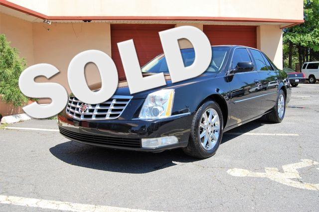 2011 Cadillac DTS Luxury Collection Charlotte, North Carolina 0