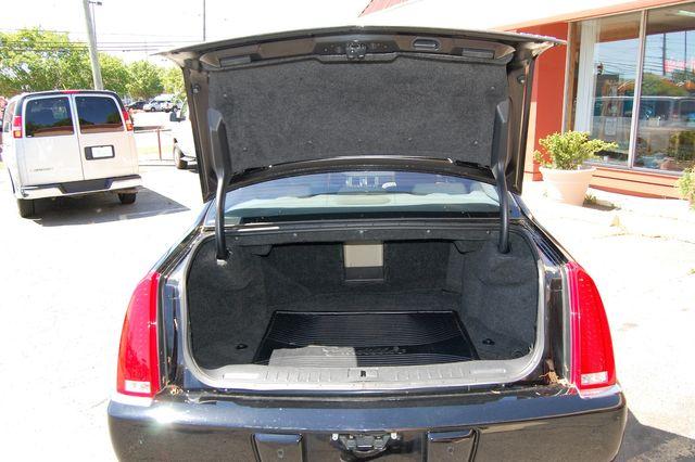 2011 Cadillac DTS Luxury Collection Charlotte, North Carolina 16