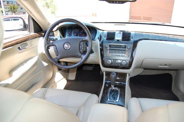 2011 Cadillac DTS Luxury Collection Charlotte, North Carolina 12
